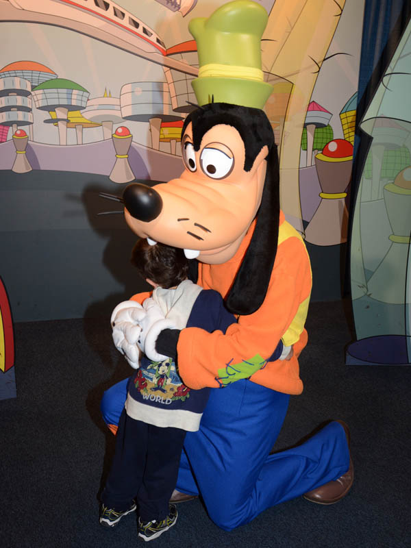 Meeting Goofy at Epcot